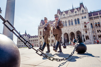 Budapest Photography Tour by Victor Zislin