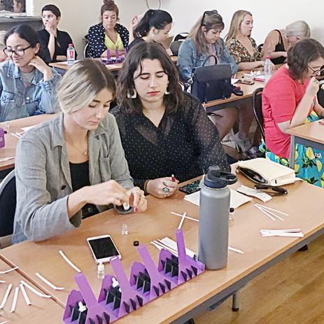Travailler sur le lancement d'une ligne beauté autour des 3 axes : soins, make up et fragrance