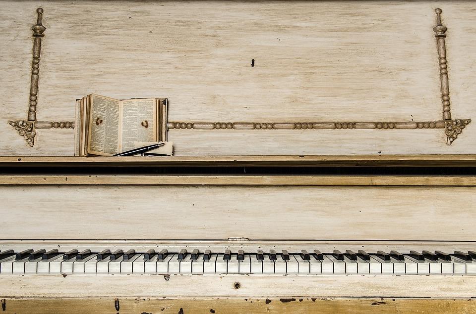 piano-1245645_960_720