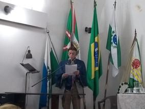 ACADEMIA PARANAENSE DE POESIA PROMOVE RECITAL DE NATAL NO CLP: MOMENTOS