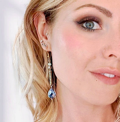 Lagrima Teal Earrings
