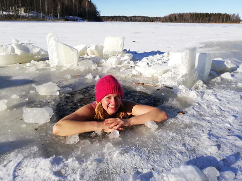 Finland_iceswimming_3_PHOTO-2019-04-23-1