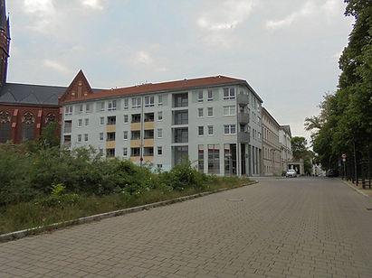 HalbeStadt_72_2.jpg