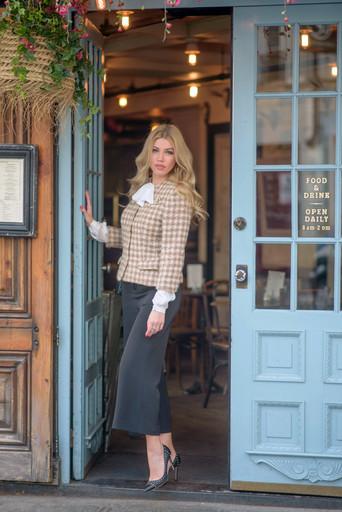 A walk through Paris with Sasha Kashtan