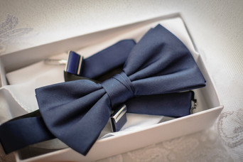 Etiquette as Lifestyle - History of Tie