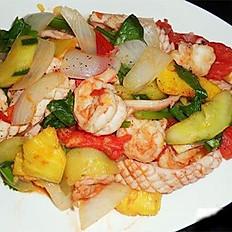 GĐ13. Sweet and Sour Shrimp & Squid (Tôm & Mực Xào Chua Ngọt)
