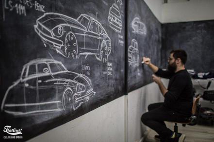 Redesign: o caminho das automotivas é jovem, futurístico e digital.