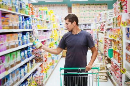 6 perfis masculinos de consumidores nos supermercados