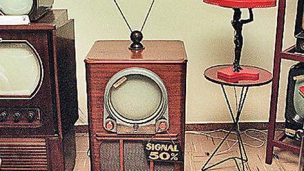 70 anos de televisão brasileira: o próximo passo da TV é a morte?