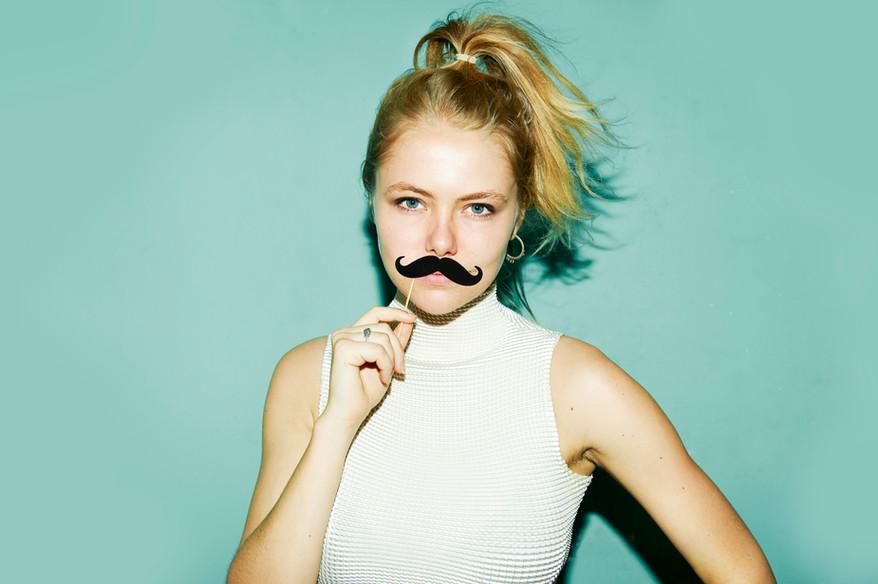 Basic mustache/Beard Prop