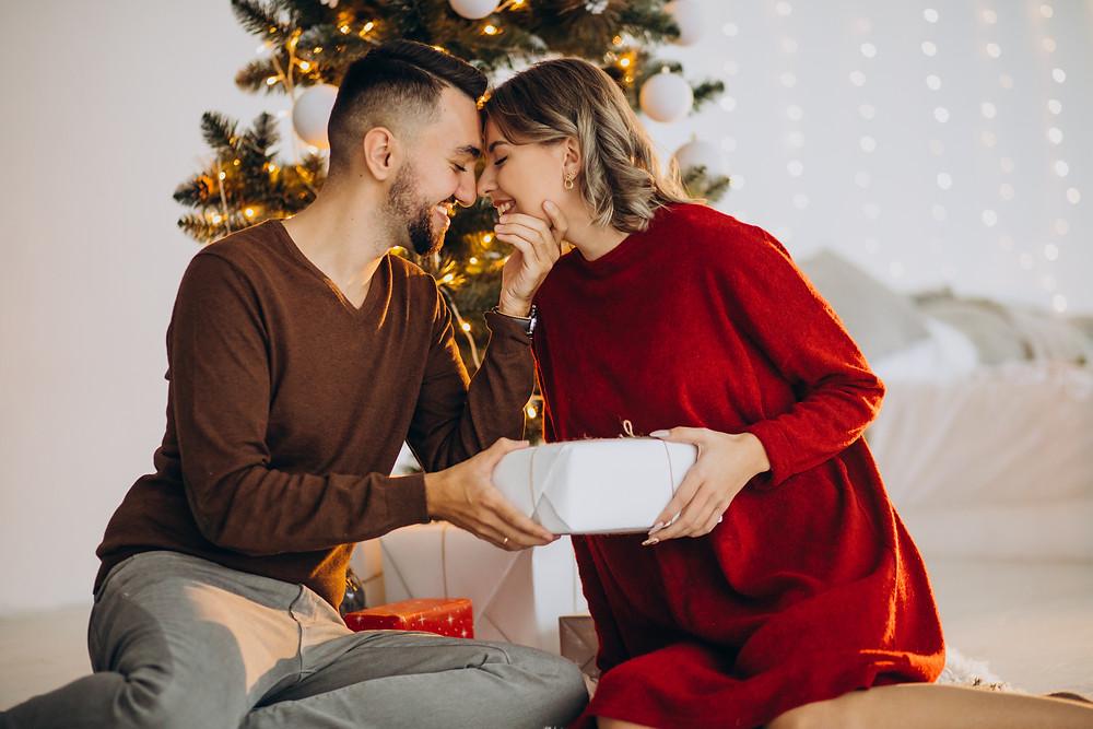 年終送禮大調查!最夯聖誕禮物、交換禮物讓我們火熱跨年 獨特情趣選品令感情甜蜜升溫-情趣推薦|METIME