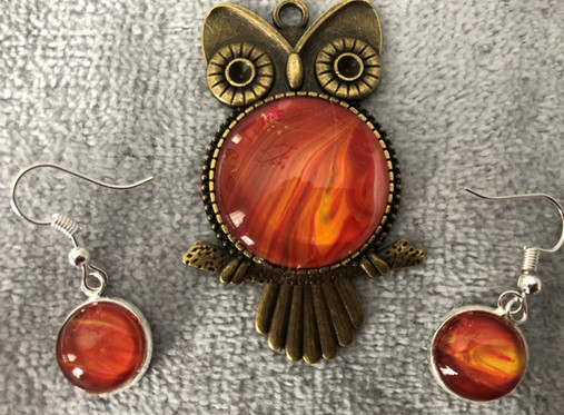 Orange collection: Pendant & earrings