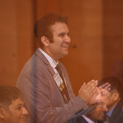 Palak Madhwani Profile Pic.jpg