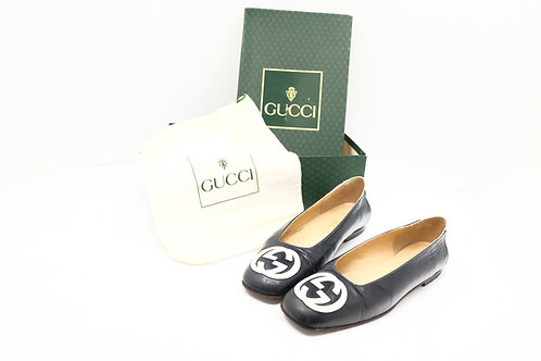 Gucci Interlocking G Leather Flat Shoes