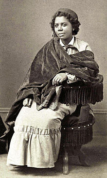 Edmonia Lewis and the death of Cleopatra