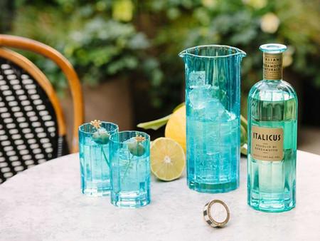 Come creare un perferfect drink nel comfort di casa con il Rosolio di Bergamotto