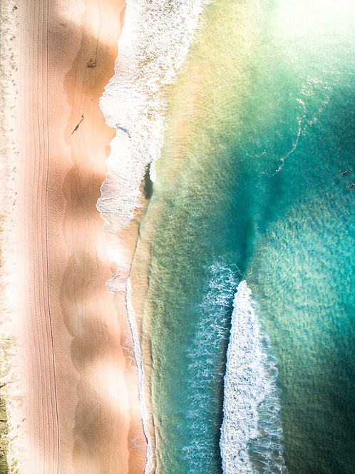 Walking South - North Palm Beach, NSW