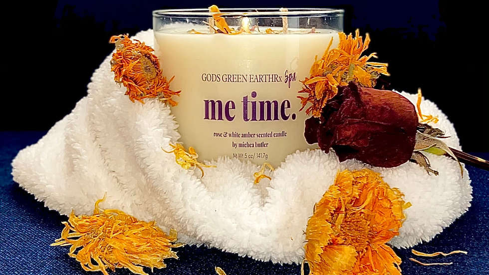 """ME TIME "" White Amber & Rose candle (handmade)"