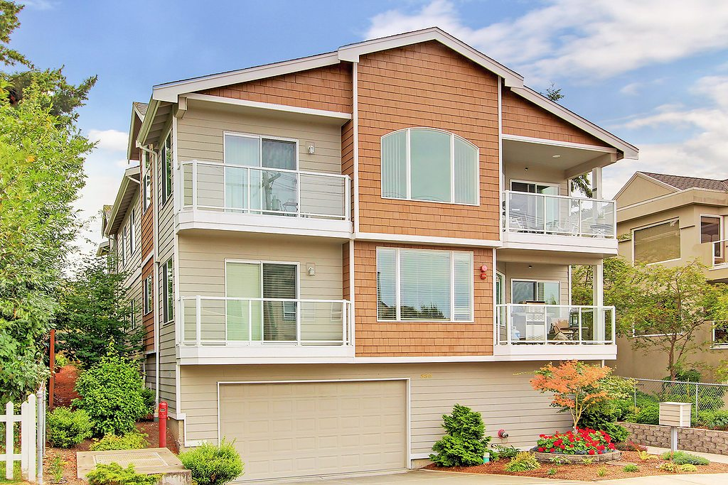 Edmonds Condo:  SOLD!