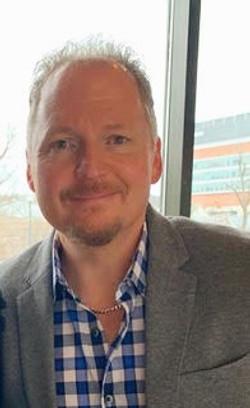 Pastor Ken Warren