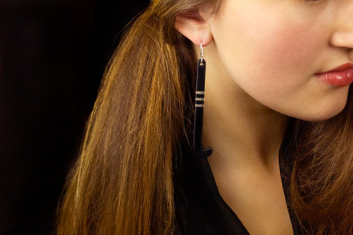 Kapeu Earring - black & clear