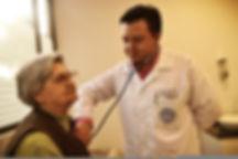 Atención al adulto mayor, Hogar geriátrico,Bogotá, Hogar Sagrada Familia, Geriatría, Geriatra, Médico geriatra, tercera edad, valoración mensual, equipo médico, sagrada familia, amor a los ancianos