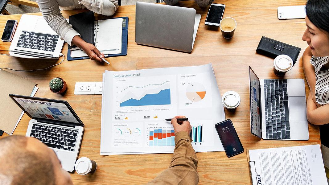 إدارة وتحسين الحملات الإعلانية.jpg