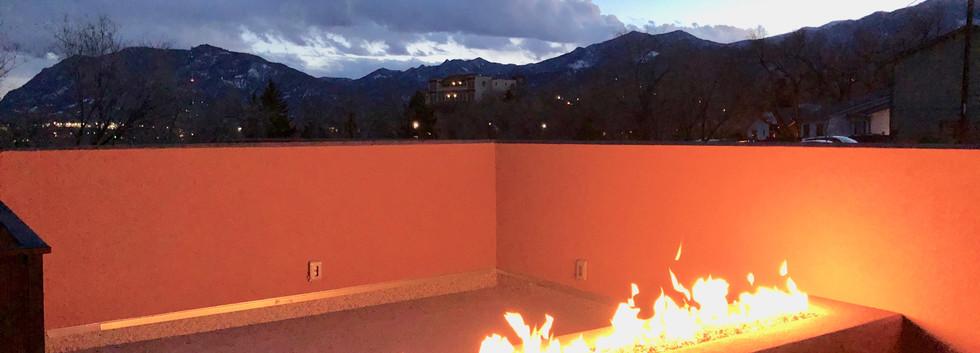 roofdeck_fireplace.jpg