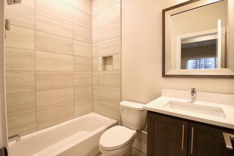 basement_bath.jpg