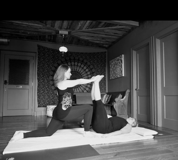 90 Minute 1:1 Yoga with Hands on Assists