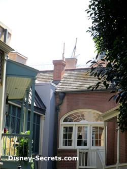 A Mast See in Disneyland