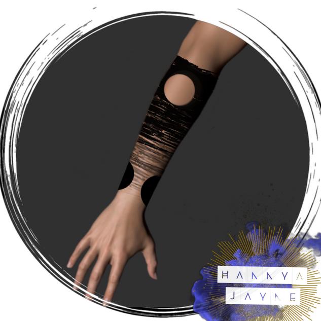 avant garde blackwork Tattoo Hannya Jayn