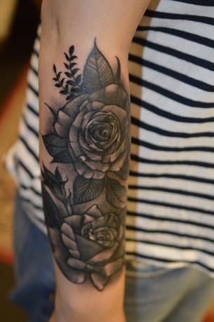 Rose-Tattoo-Hannya-Jayne-exeter-tattoo-s