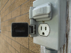 Rain-tight Receptacle, Outdoor Outlet, Outdoor plug