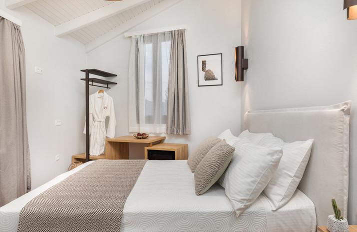 room01-5.JPG