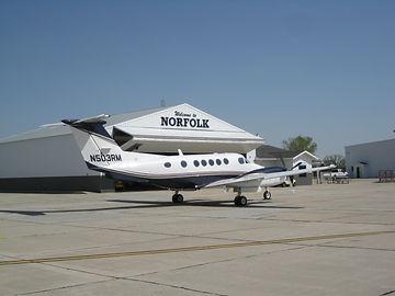 Norfolk OFK Biz Jet Apron.JPG