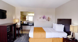 Quality Inn & Suites by the Parks 10.jpg