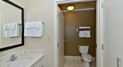 Comfort Inn QUARTO 6.jpg