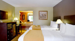 Quality Inn & Suites by the Parks 11.jpg