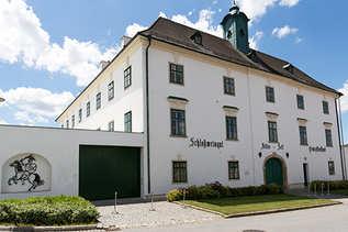 Schloss_Straße.jpg
