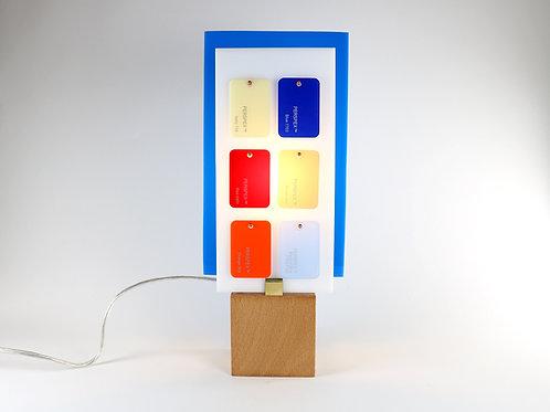 Lampe Plexiglass bleu