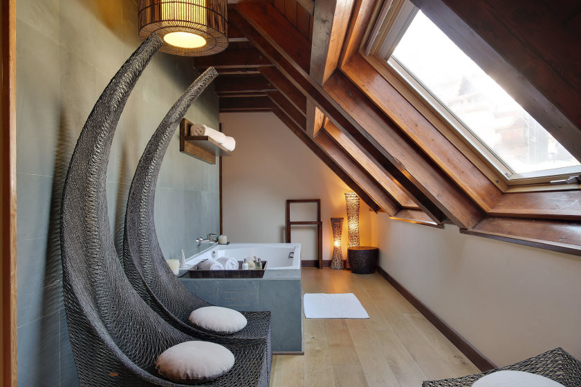 Occitania suite bath