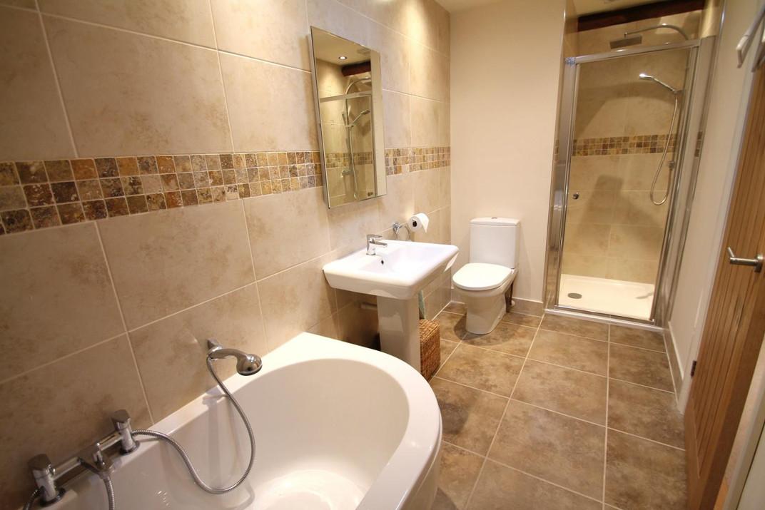 Bathroom 2 Exmoor.jpeg
