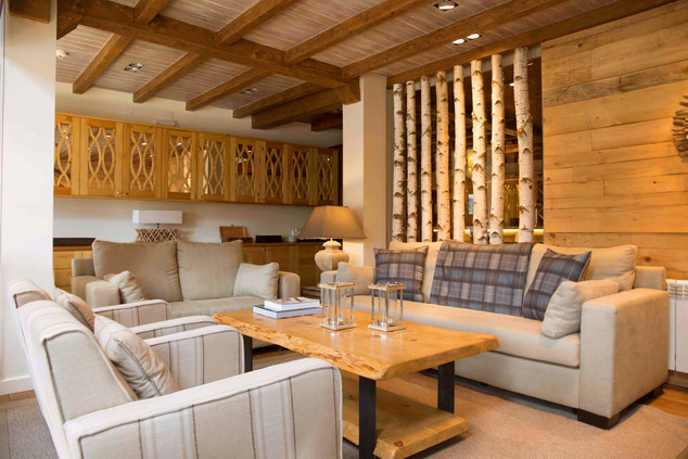 Chalet Eira lounge.jpg