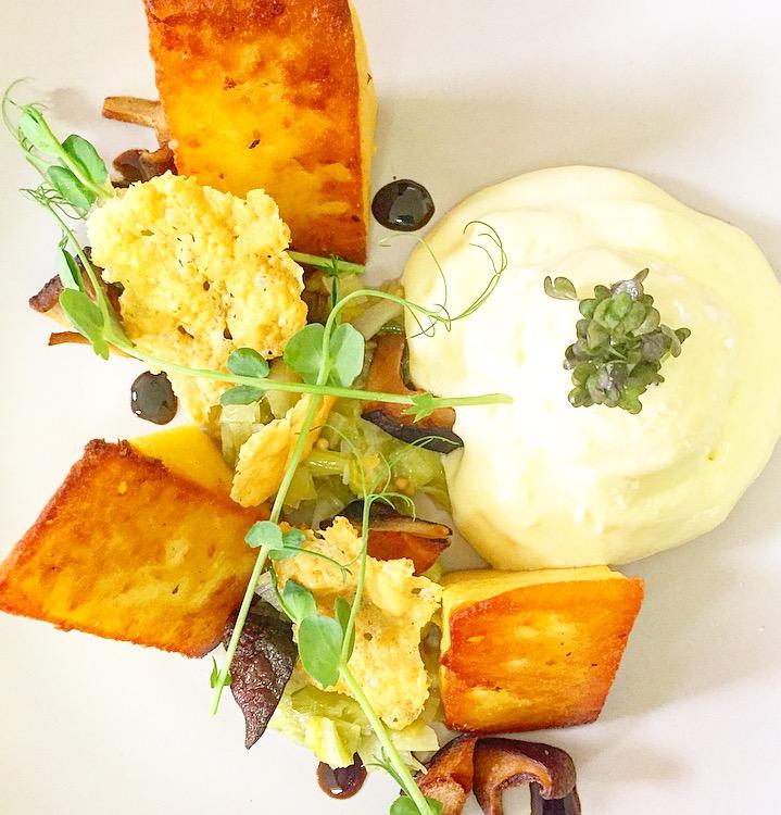 Polenta, truffle espuma, leeks