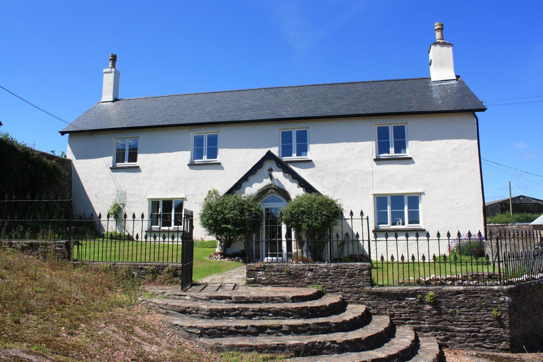 Front cottage Exmoor.jpeg