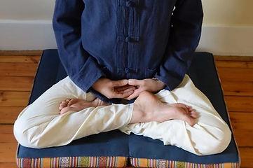 sitting meditation - full lotus.jpeg