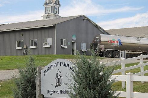 Fairmont Farm Entry