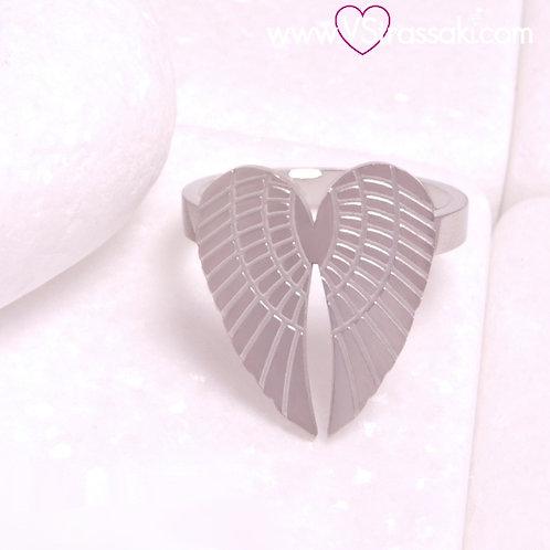 Ατσάλινο Δαχτυλίδι με Φτερά Αγγέλου σε Σχήμα Καρδιάς Ασημί 2304