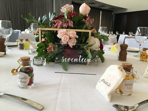 CLEAR & WHITE SCRYLIC TABLE NUMBERS